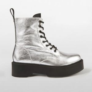 CALVIN KLEIN Haley Combat Boots Leather R3979